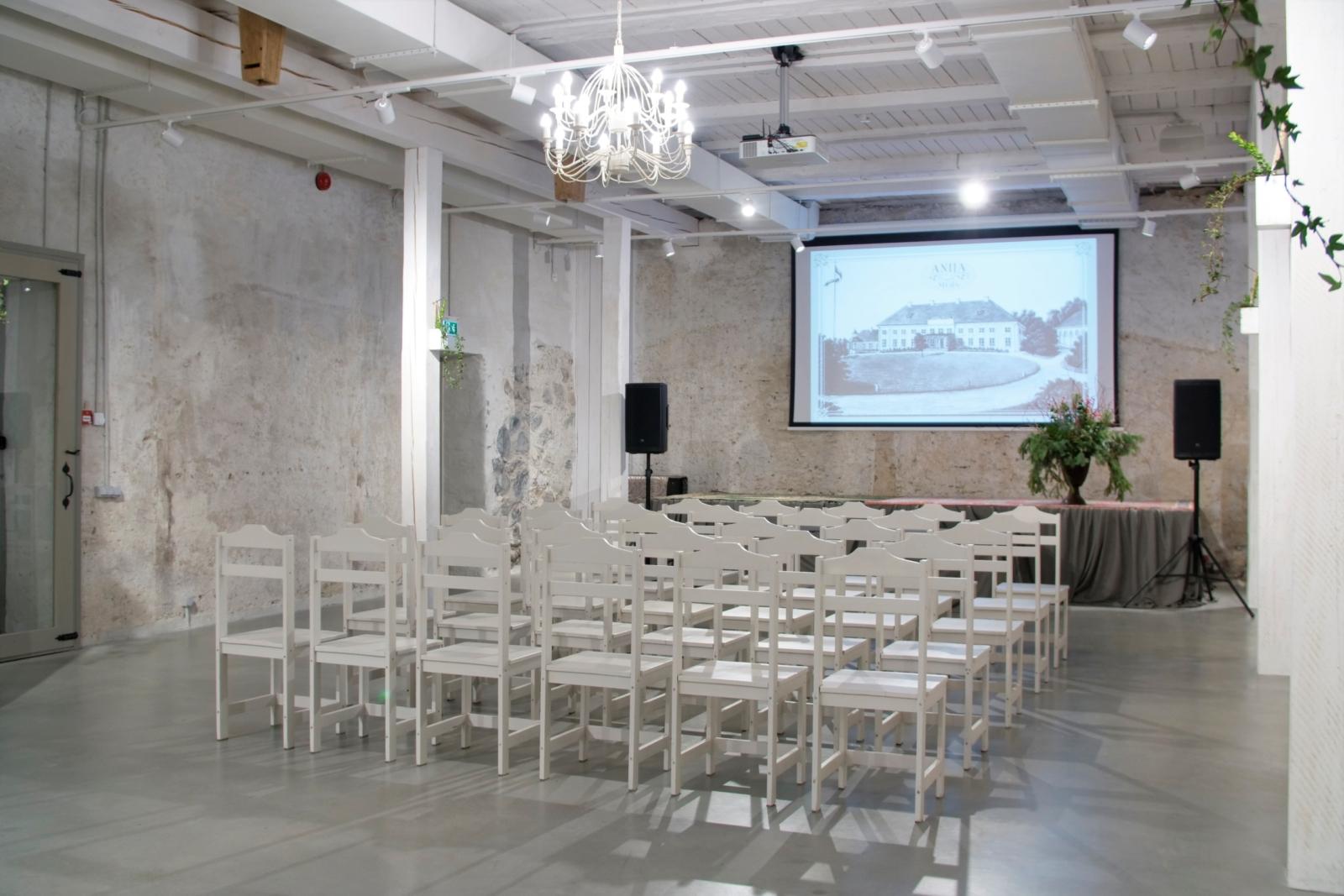 Anija mõisa ait-sündmuskeskus seminar, konverents